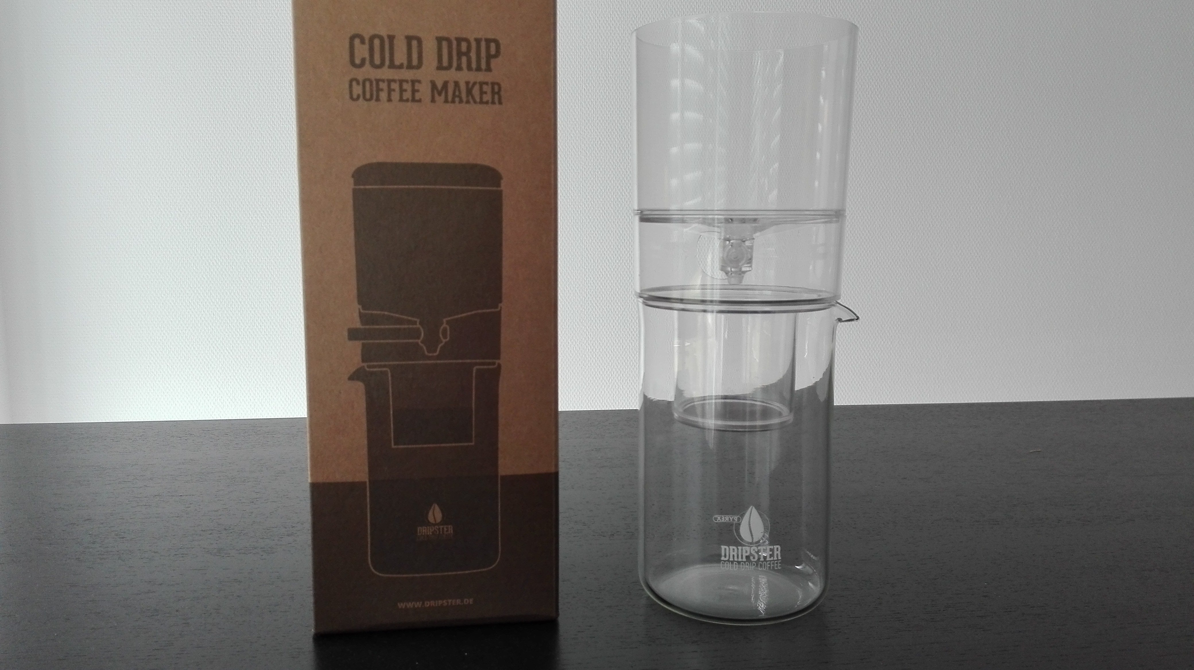 der dripster im test was kann der g nstige cold brew dripper. Black Bedroom Furniture Sets. Home Design Ideas